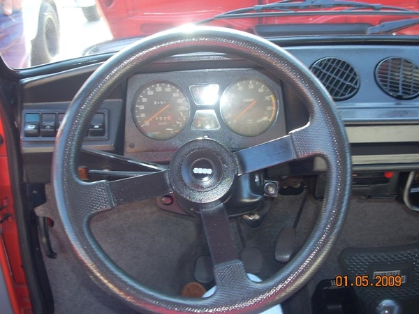 147 Sorpasso CL interior