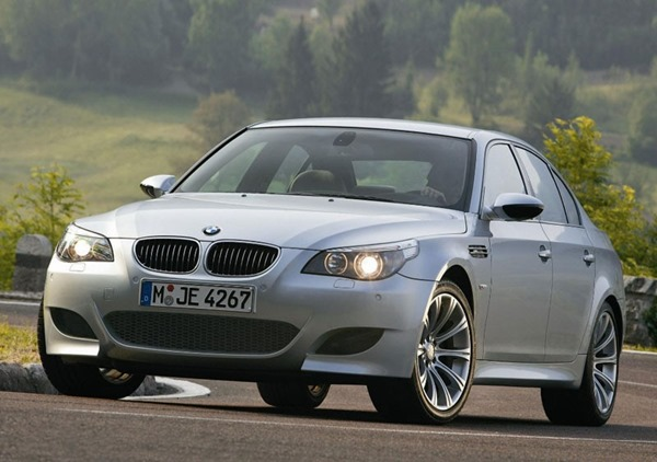 BMW M5 E90