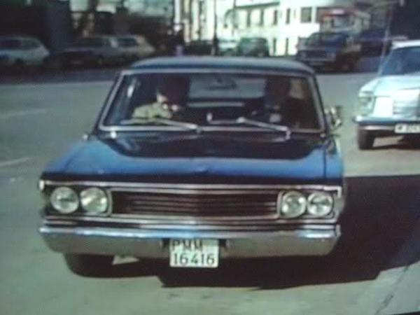 (Imagen de un reportaje para RTVE, no es el coche auténtico, pues presenta algunas diferencias, la placa de matrícula era pequeña y el de Carrero era un 1ª serie, el del reportaje es un 2ª serie)