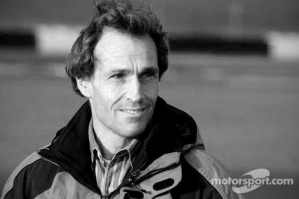 Muere piloto Andrea de Cesaris